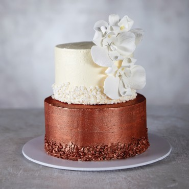 Copper & Cream Wedding Cake