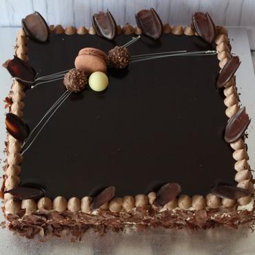 Large Vanilla Slice Cake