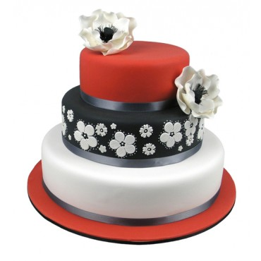 Classic Love Wedding Cake