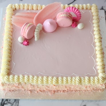 Medium Vanilla Slice Cake