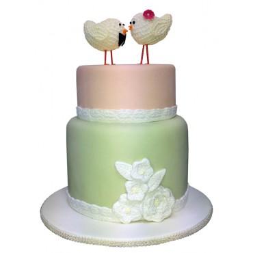 Vintage Charm Wedding Cake
