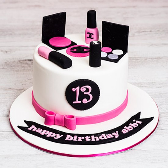 Makeup Cake With Name