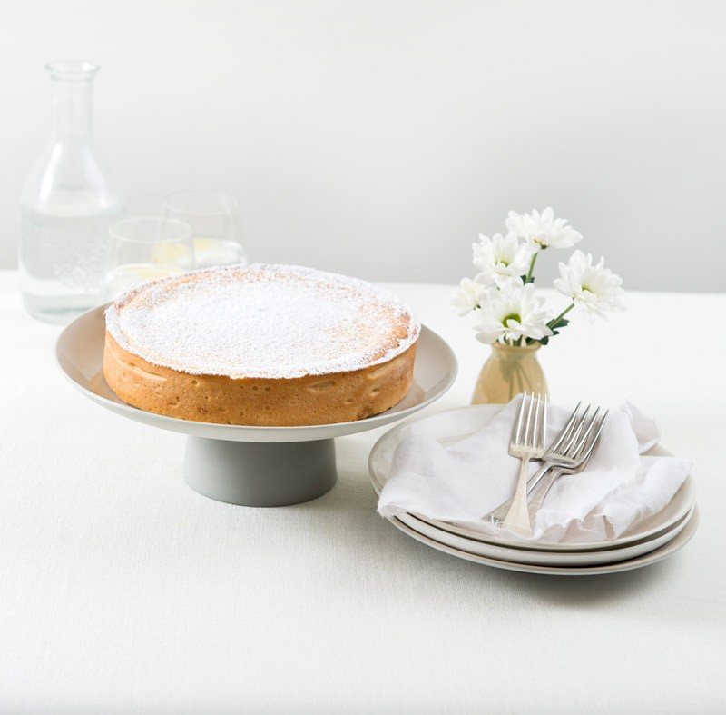 Classic Baked Cheesecake with icing