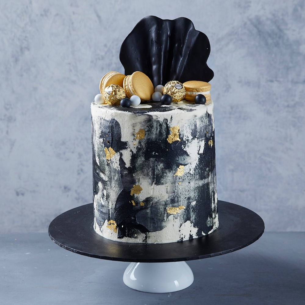 Black & Gold Shell Celebration Cake
