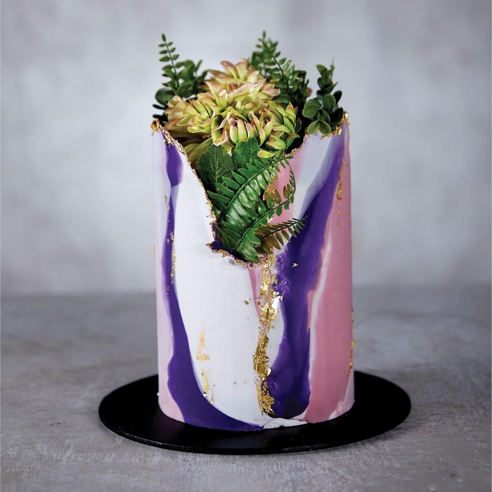 Vase of Love Celebration Cake