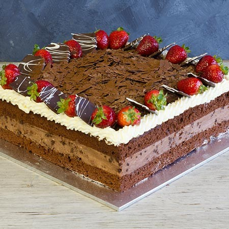 Chocolate Mousse Cake - Giant