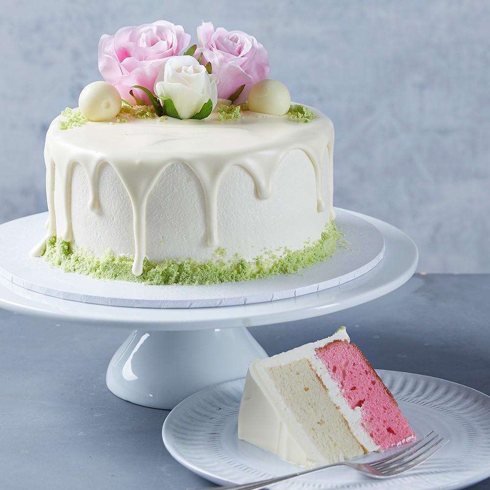 Vanilla Thriller Drip Cake