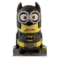 Bat-Minion Cake