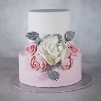 Bouquet of Love Wedding Cake