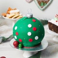 Bauble Cake - Green