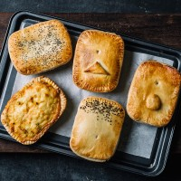 Heat at Home Pie Pack - 5 Mixed Pies