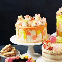 Mother's Day Magical Drip Cake - Angel