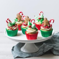 Christmas Cupcakes - Mixed pack of six
