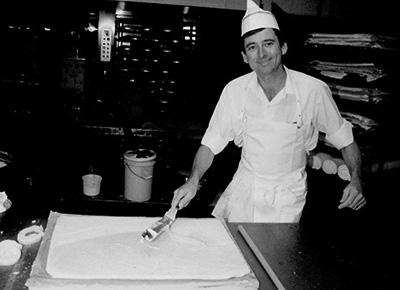 Third generation baker, Ralph Plarre